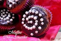 http://pointgleblog.blogspot.fr/2015/06/muffins-choco-amandes.html