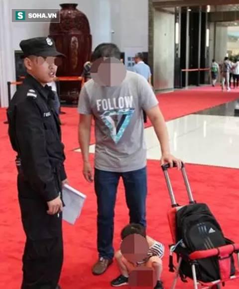 Người đàn ông Trung Quốc bị nện vỡ mồm vì tính xấu ảnh 3