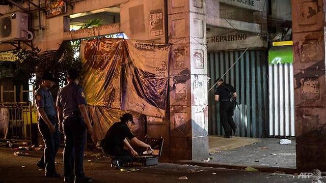 Bom ống phát nổ 14 người bị thương nặng