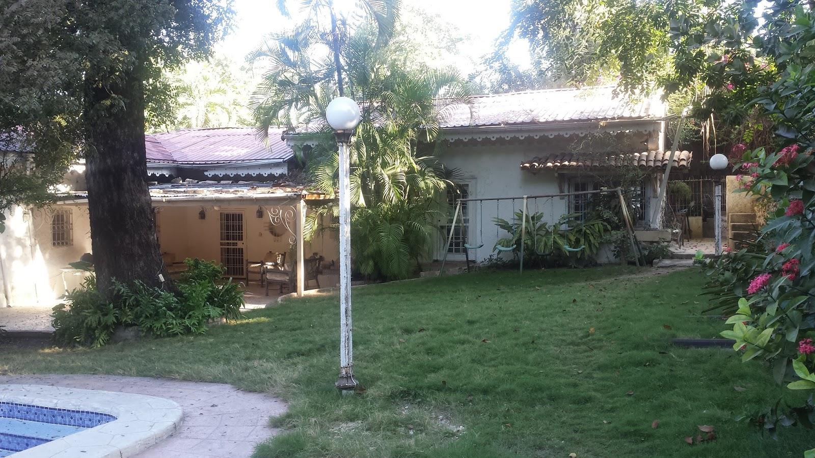 maison ancienne vendre ou louer turgeau immobilier en haiti. Black Bedroom Furniture Sets. Home Design Ideas
