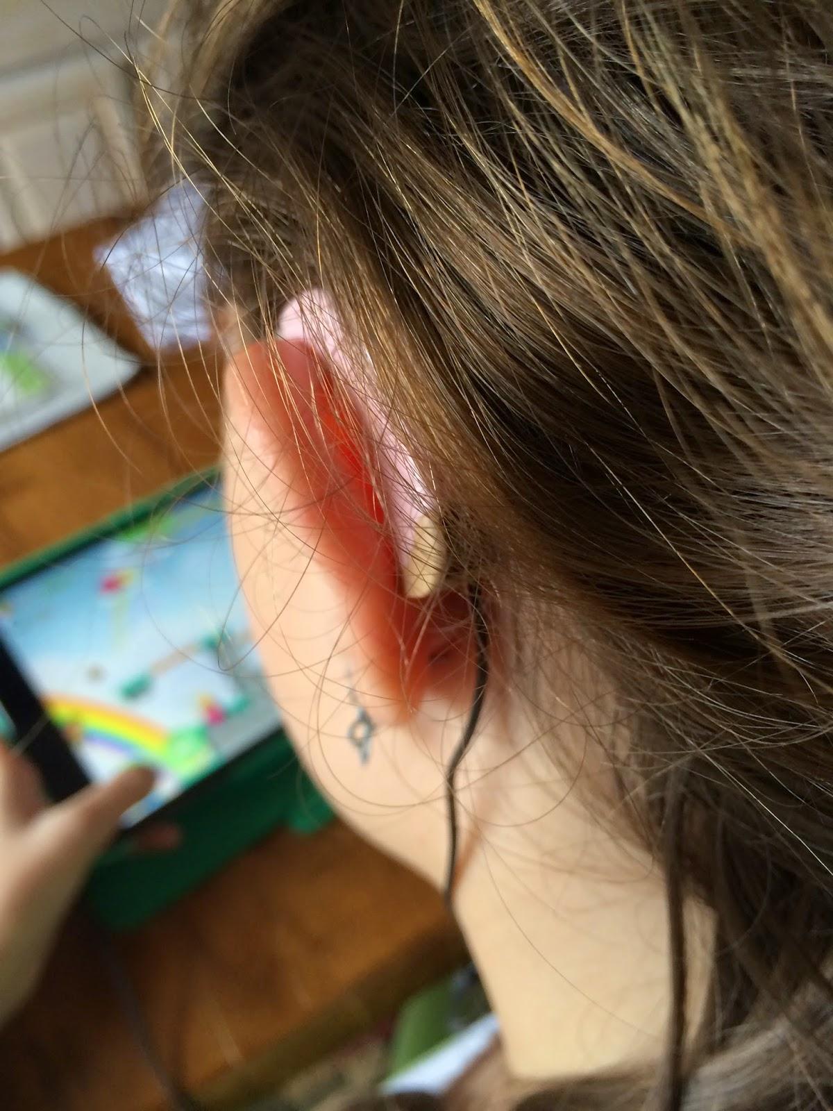 Magic Ear Kids Ear Hook Headphones For Hearing Aid Users