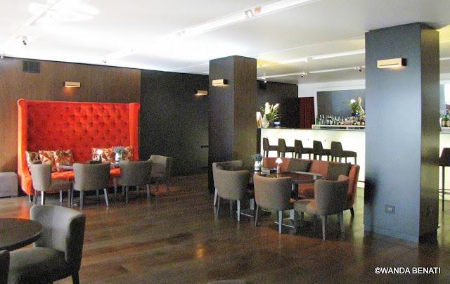 Bar Lounge Liquidambar