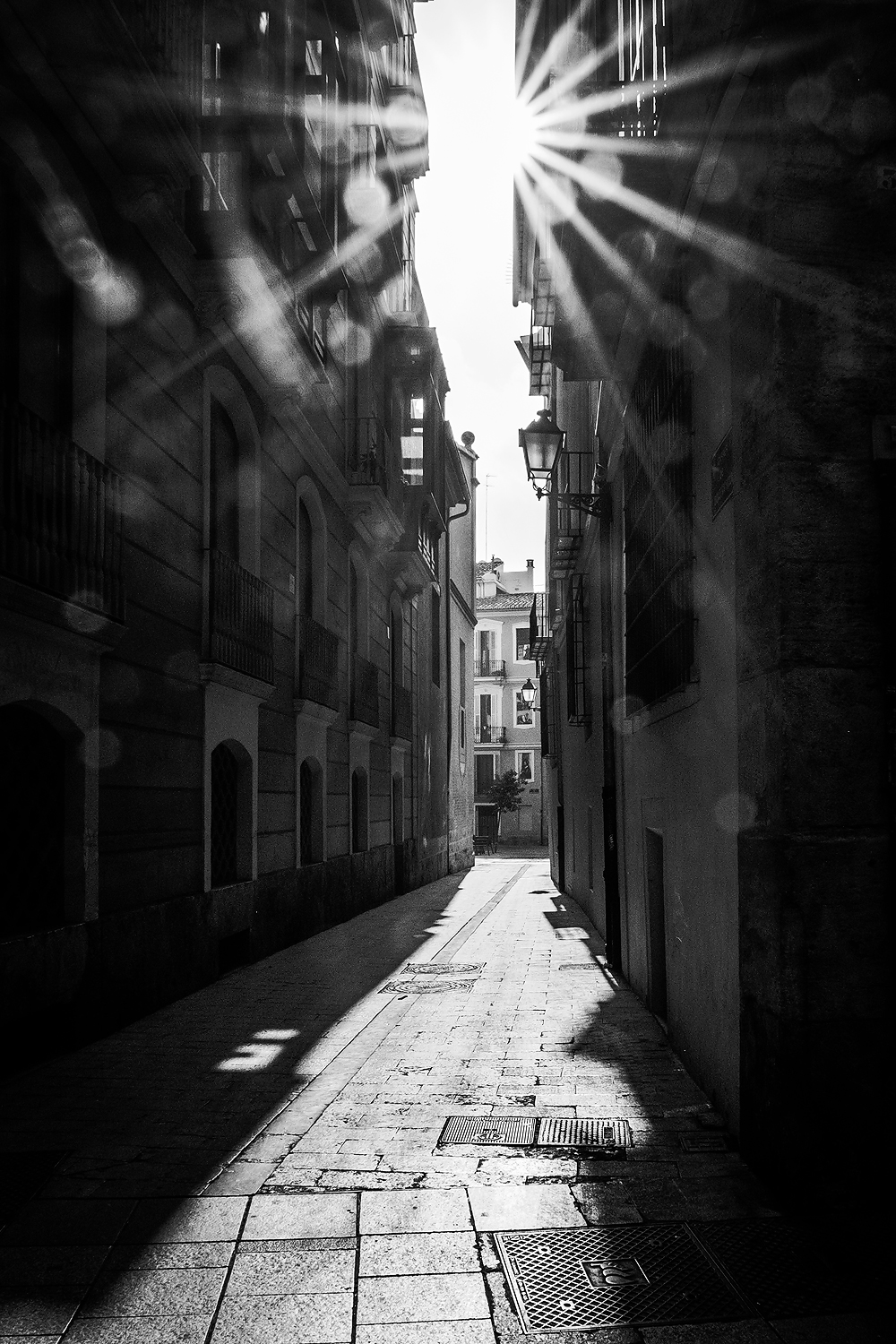 Street photography image of Valencia with the Fujifilm XT1 by Willie Kers