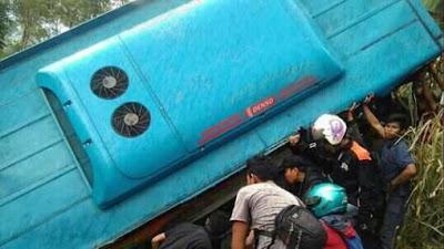Kronologis kecelakaan bus mau di Cikidang dan daftar korbannya.
