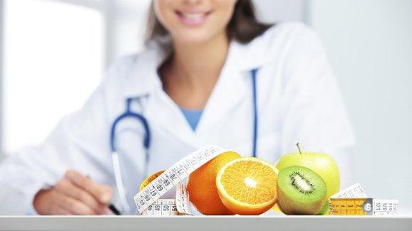 nasihat pakar pemakanan untuk pantang makan buah pinggang