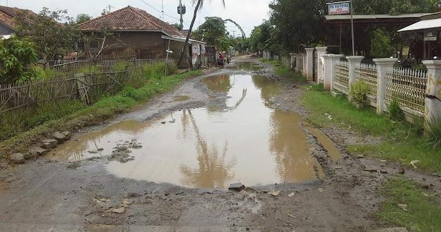 Pembangunan infrastruktur jalan di subang lambat