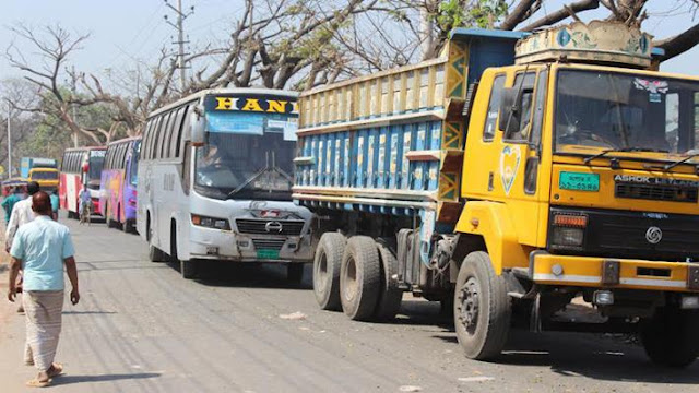 Transport-strike-is-underway-in-10-districts-of-Khulna-division