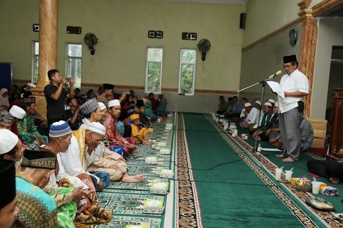 Safari Ramadhan, Pemkab Lamsel Beri Bantuan Untuk Rumah Ibadah Di Kecamatan Way Sulan.
