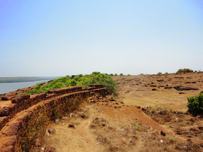 The Dil Chahta hai movie  was shot at Chappora Fort - Near Mapuza in Goa.