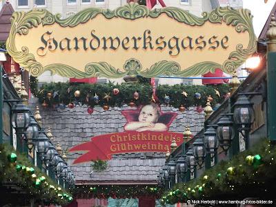 Handwerksgasse Weihnachtsmarkt Hamburg Rathaus Rathausmarkt