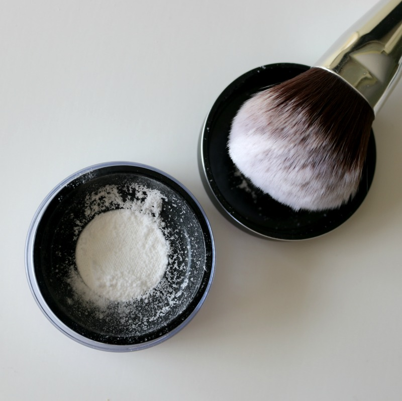 Make Up For Ever Ultra Hd Microfinishing Loose Powder Lip Booster