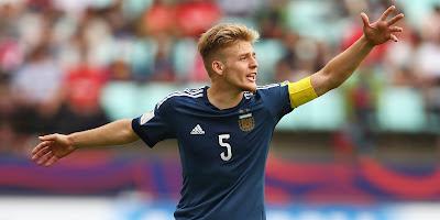 Полузащитник «Штутгарта» до конца сезона дисквалифицирован за плевок в соперника