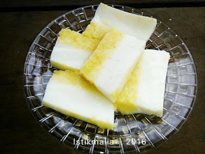 http://www.istikmalia.com/2016/09/213-puding-jagung-lapis-susu-yang.html