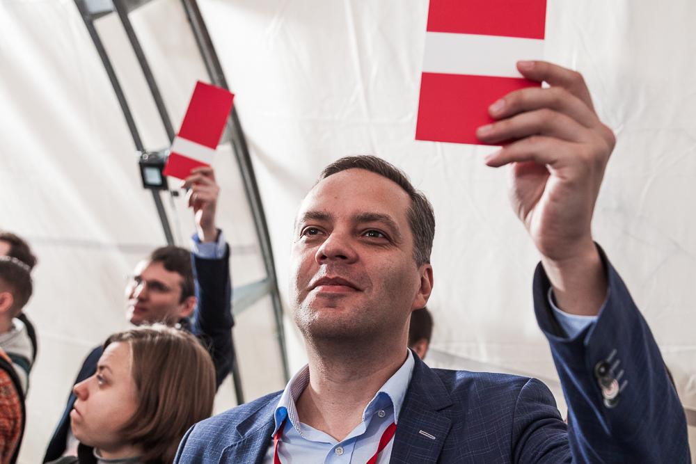 Владимир Милов на собрании по выдвижению Навального в президенты