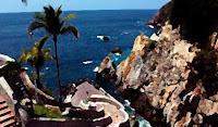 http://cuentosnaweb.blogspot.com.es/2014/01/los-dias-de-acapulco.html