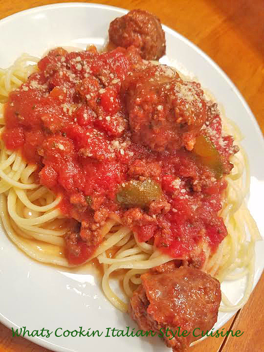 this is the recipe for a sausage and meat bolognese pasta sauce