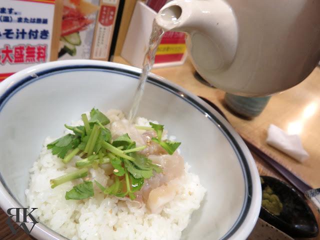 文京区本郷、東大赤門前にある海鮮丼のお店、銀はちの鯛のだし茶漬け
