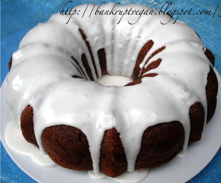 Bankrupt Vegan Banana Bread Bundt Cake