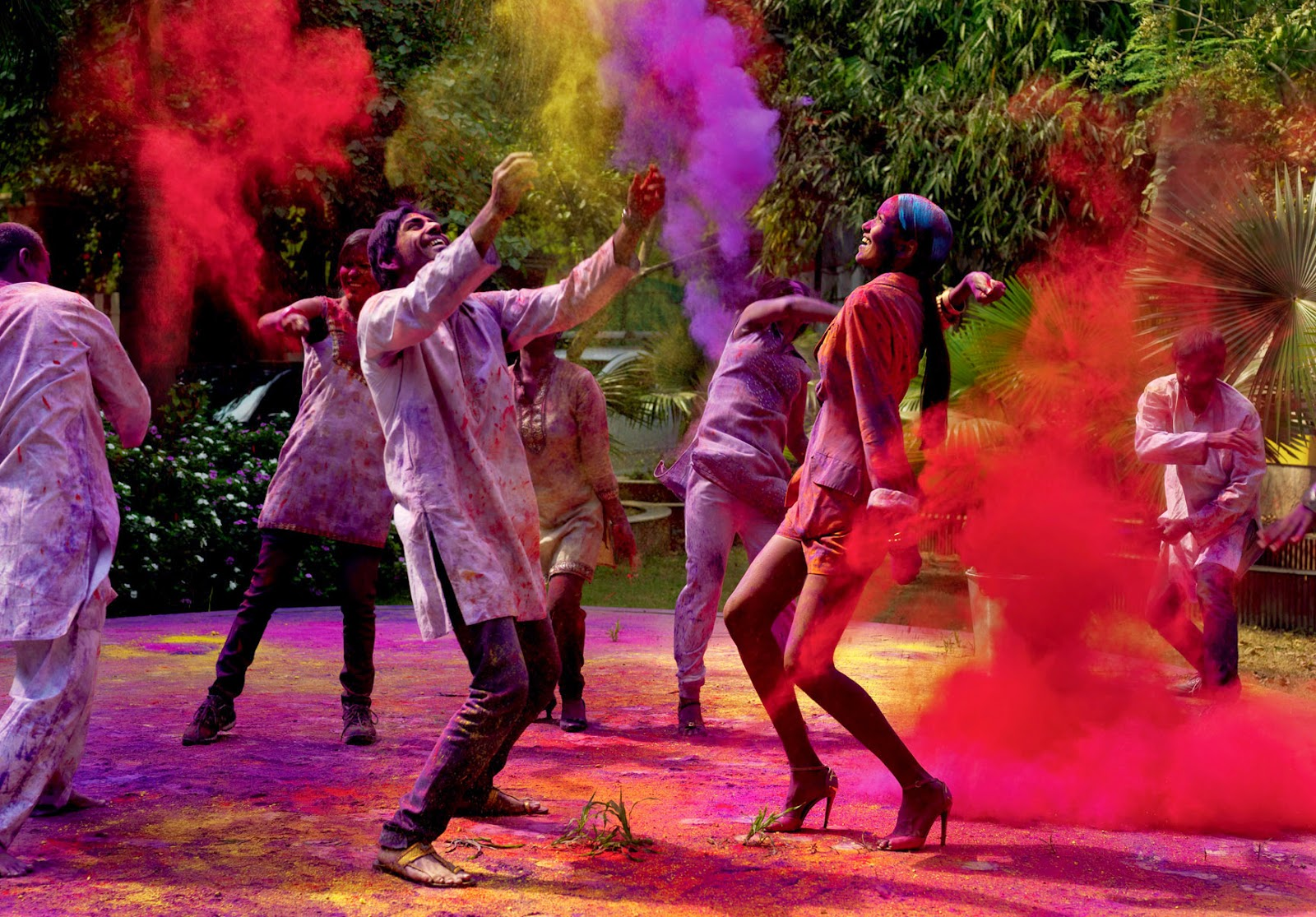 Aarti 3d Name Wallpaper Boys And Girls Celebrating Holi Festival Images Hd