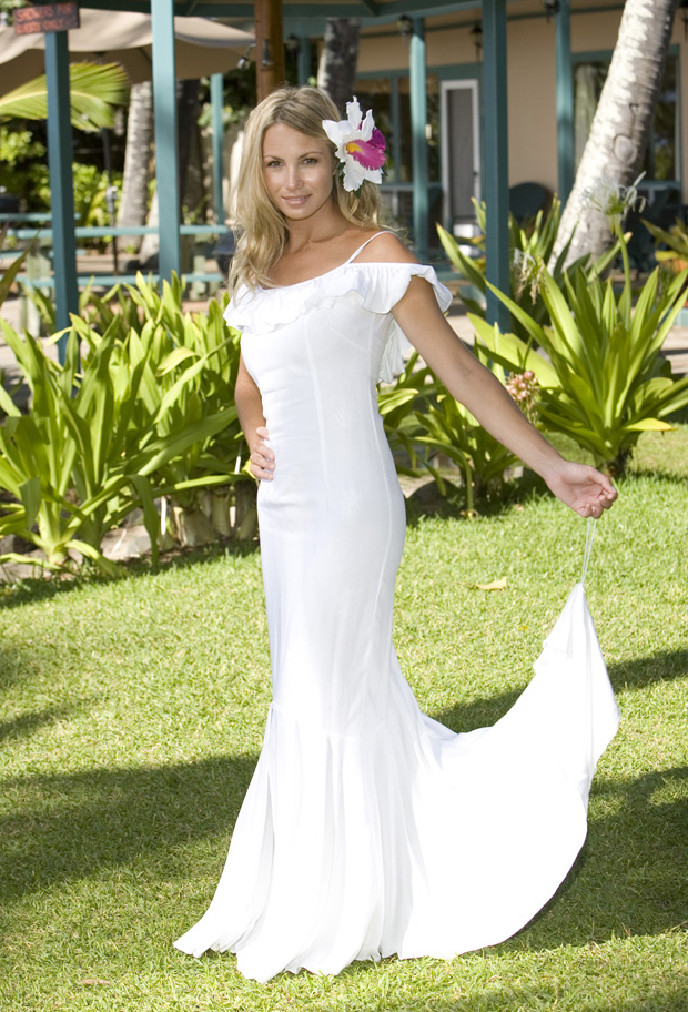 Various kinds of wedding dresses with new models: Hawaiian ...