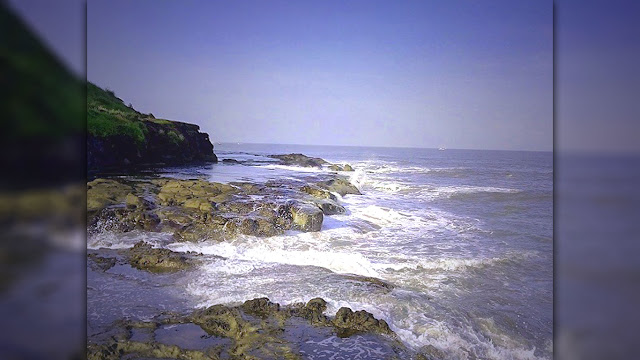 Harihareshwar Beach - Famous Sea Beach of Maharashtra