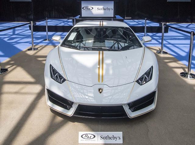 Lamborghini Huracan RWD - Papa Francisco