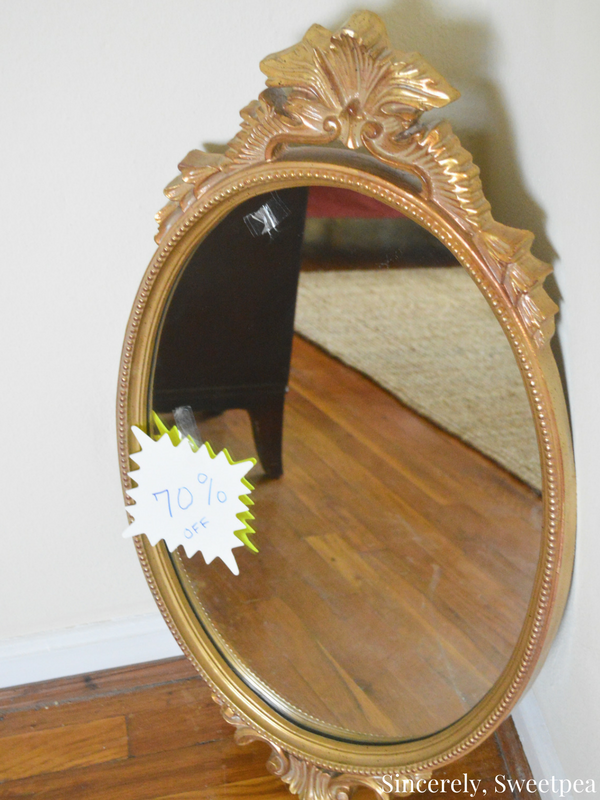 gold-vintage-ornate-mirror