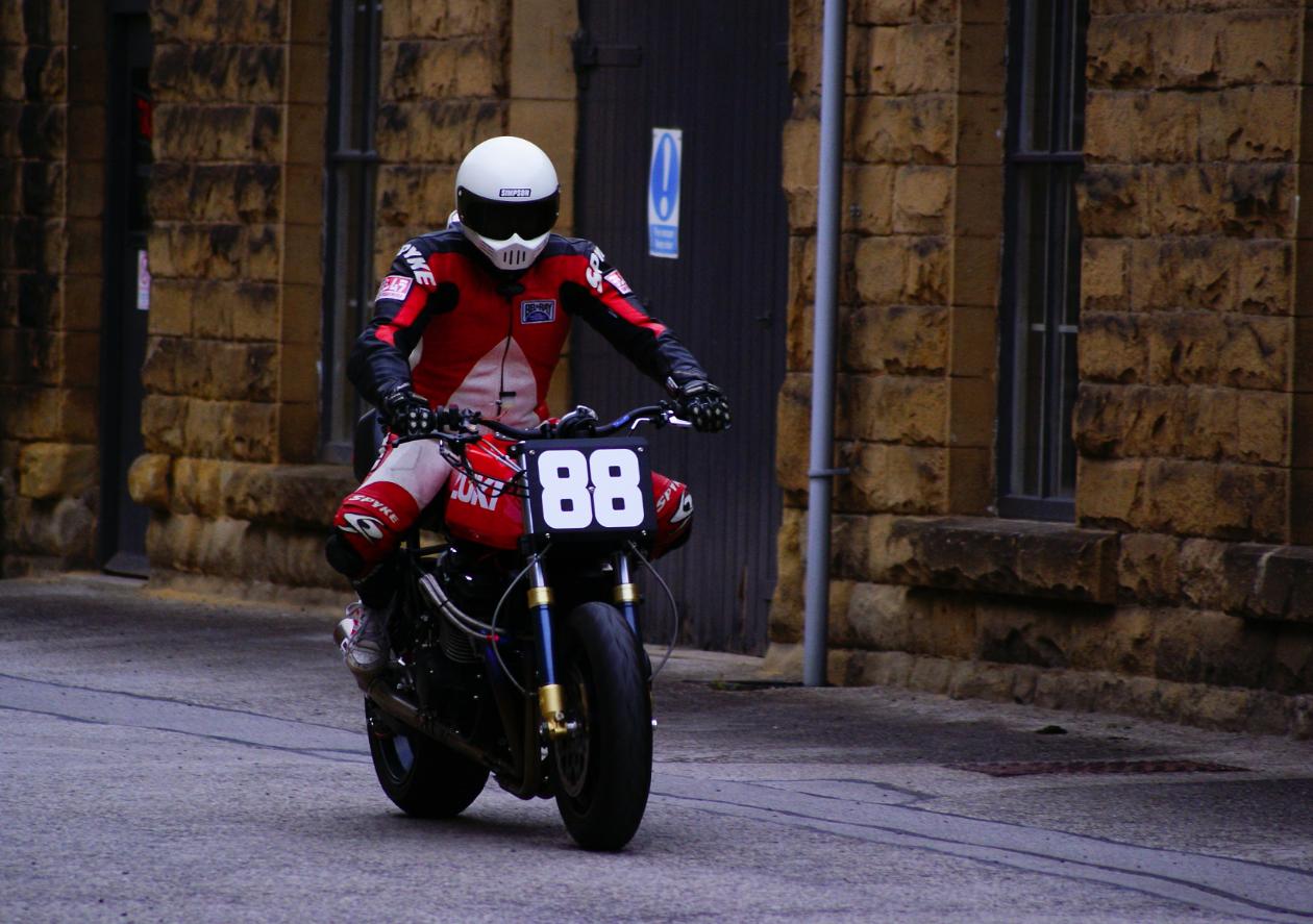 Racing Cafè: Suzuki GSX 1100 by Racefit