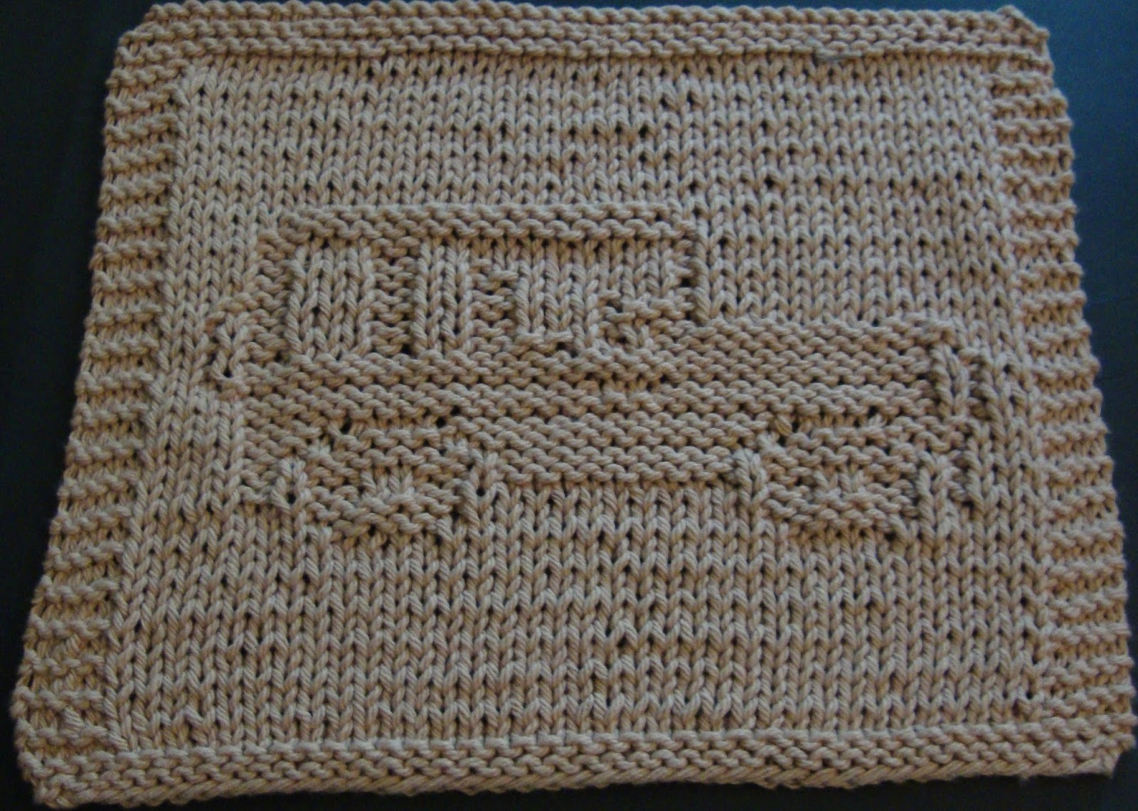 Pot Leaf Knitting Pattern : DigKnitty Designs