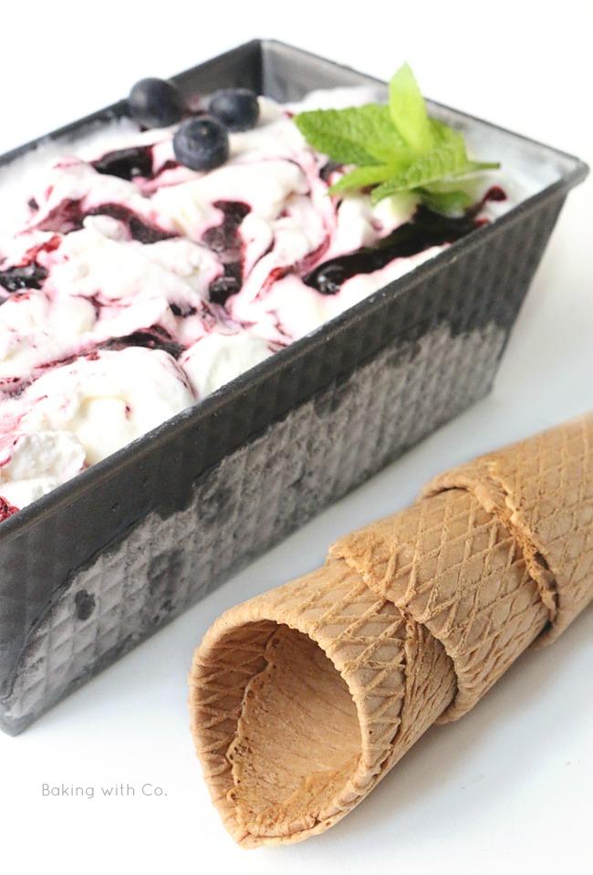 helado casero de yogur griego con heladera