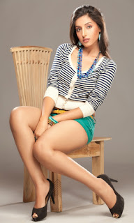 Actress Harishita Gaur Exposing Thunder Thigh in Short and Top