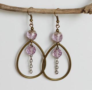 https://www.alittlemarket.com/boucles-d-oreille/fr_boucles_d_oreilles_perles_roses_argent_massif_et_bronze_-20280002.html