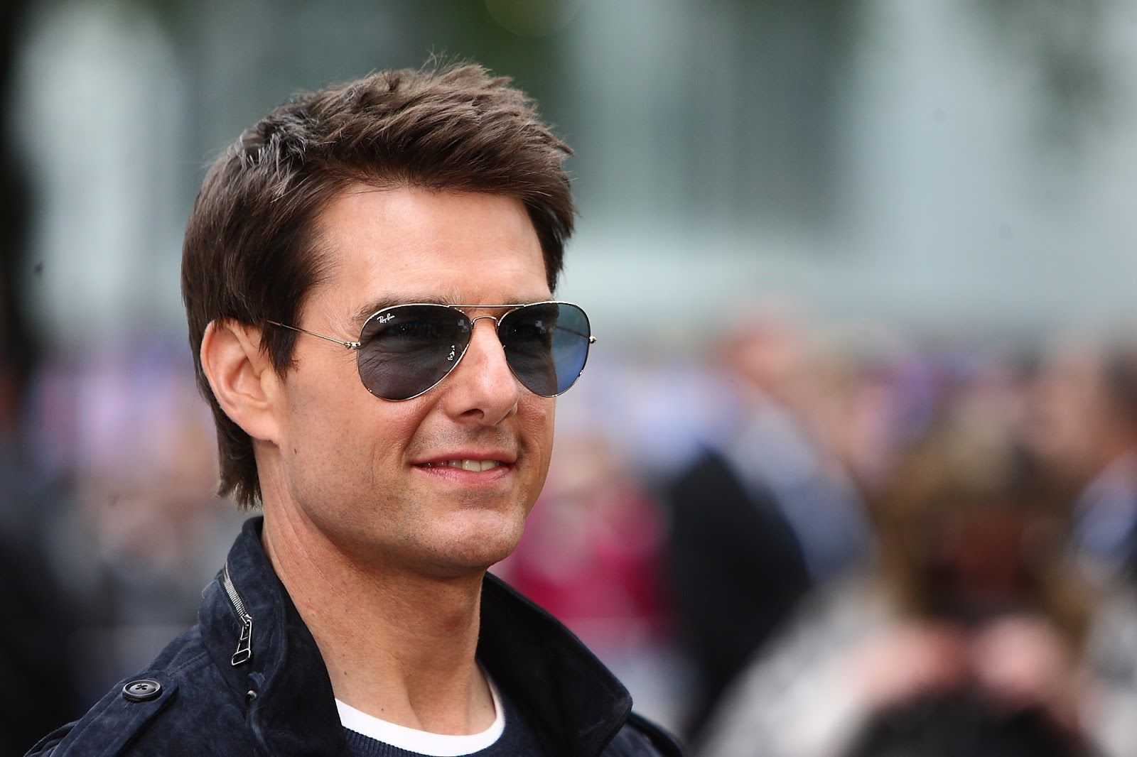 template engine: tom cruise hd photos