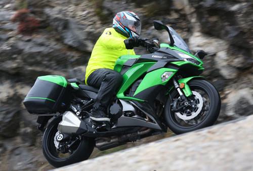 Kawasaki Z1000SX 2017 Review And Price