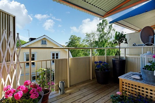 I consigli di irene arredare balconi e terrazze for Terrazzi arredati