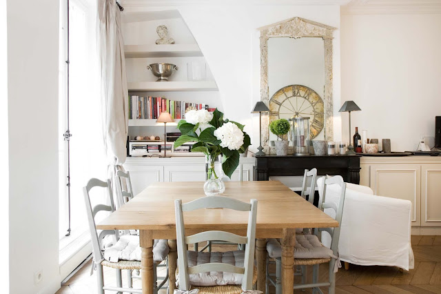 House tour a paris apartment in the marais apartments actually hello lovely for All paris apartments