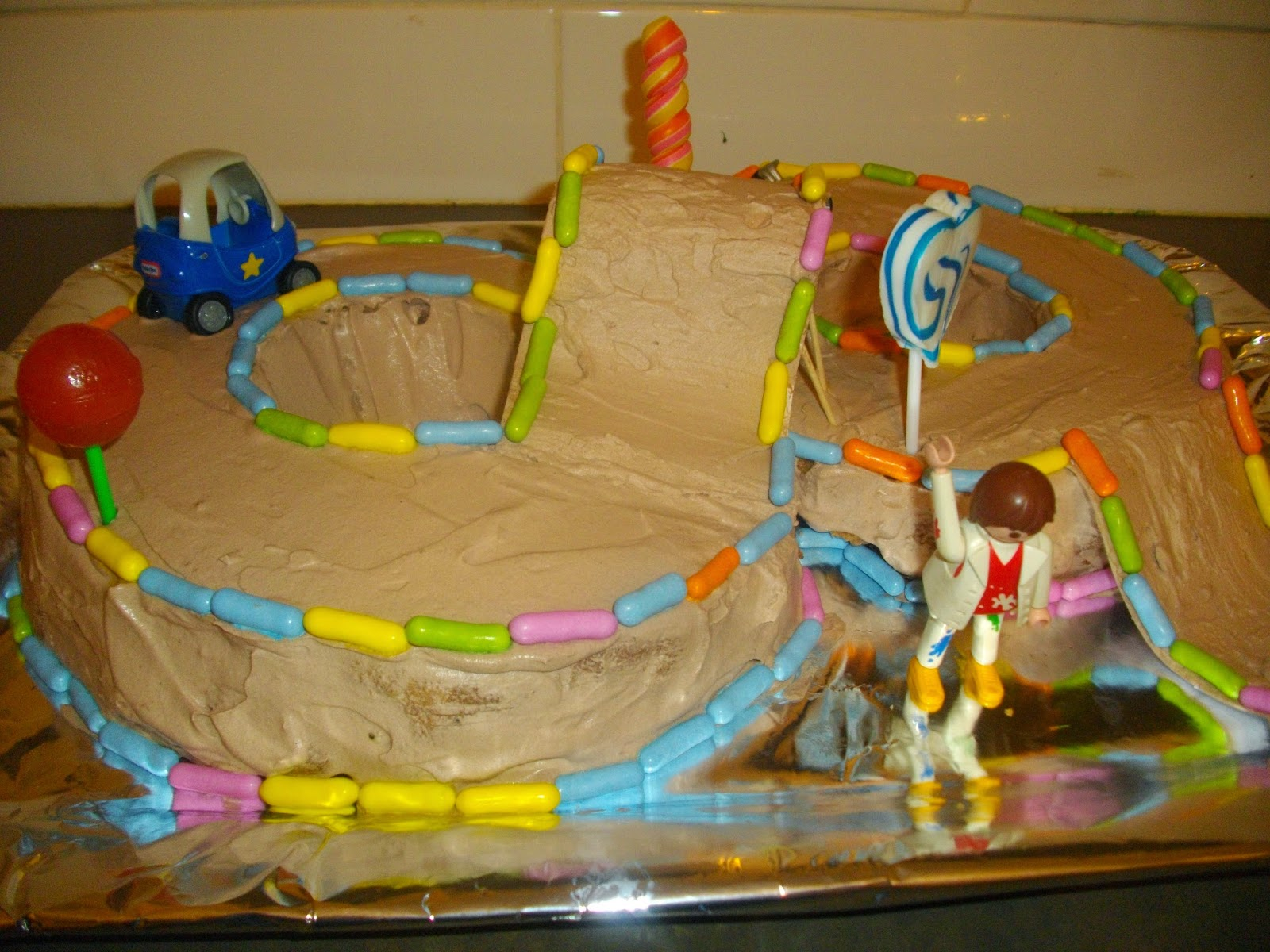 IMGP5062 - עוגת יומולדת מרוץ מכוניות