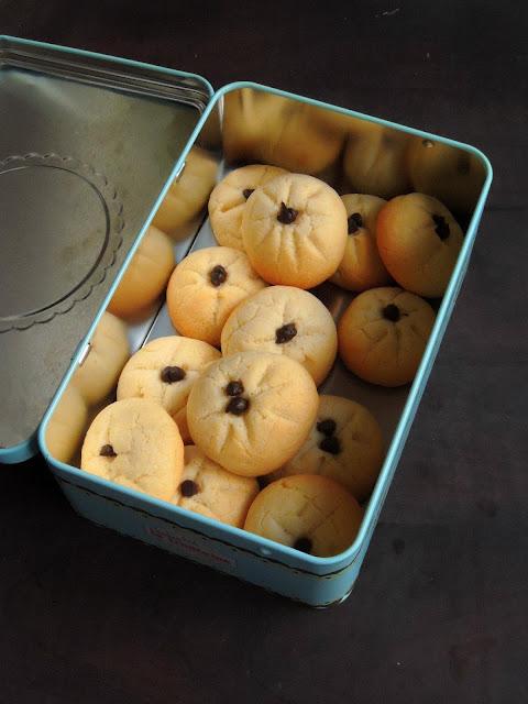 Cardamom & Nuts Cookies