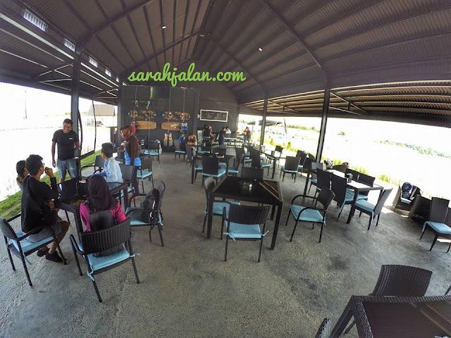 Cafe wake boarding batam