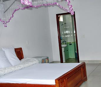 khách sạn nhà hàng ngọc hải room yen tu vietnam