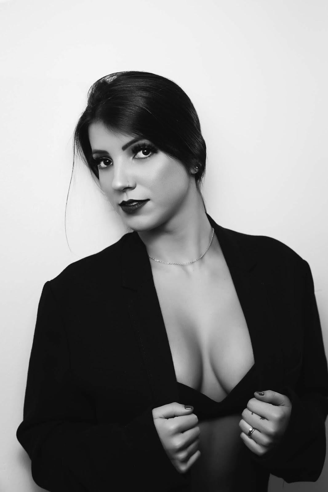 Michelle Slonkowskyj p&b