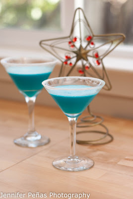 silent night cocktail, coconut rum, malibu rum, pineapple juice, blue curacao, white creme de cacao, whipping cream, christmas cocktail