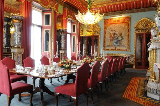 Take a Sneak Peek at Buckingham Palace's Opulent Rooms