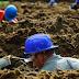 Lomba Menggali Kuburan Pemenang Dinilai Dalam Hal Kecepatan Menggali