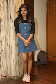 Hebah Patel in Sexy Denim short Skirt Sexy Meaty Legs at ...