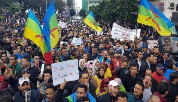 """سكان تزنيت يجوبون الشوارع احتجاجا على """"عصابات السطو"""" والرعي الجائر"""