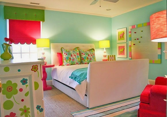 cuarto colorido para niña