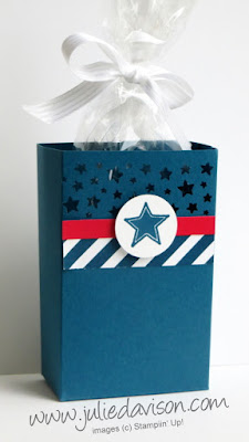 4th of July Patriotic Party Favor Box + Tutorial -- make it with just a half sheet of cardstock! www.juliedavison.com