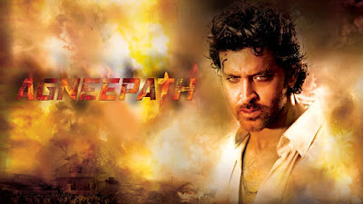 Hrithik Roshan plays the lead role of Vijay Deenanath Chauhan and Sanjay Dutt plays the role of the antagonist Kancha, originally played by Amitabh Bachchan and Danny Denzongpa respectively, with Rishi Kapoor portraying the newly introduced character of Rauf Lala.[