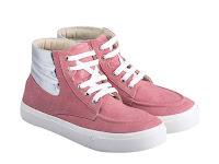3 Macam Sepatu Sneakers Wanita Harga Diskon di 9to90 Online